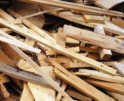 Clean wood recycling in Aurora, IL
